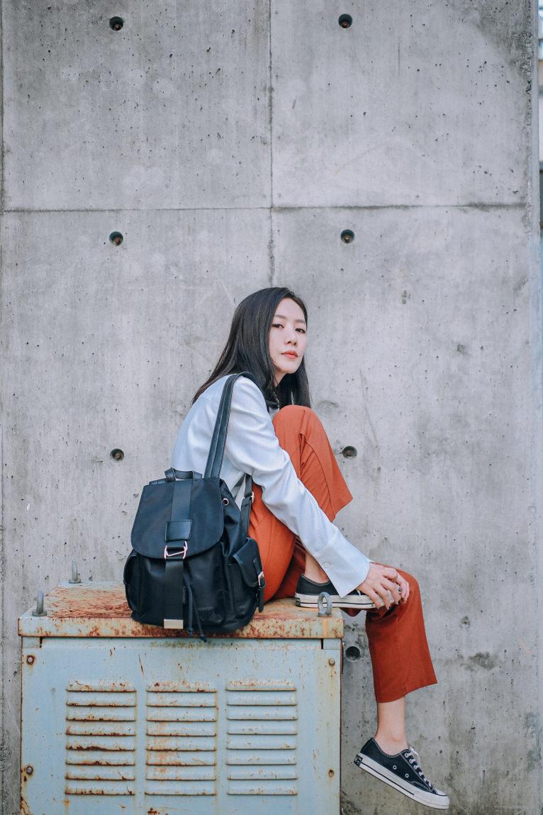 [包包] 學生該找什麼包呢?♥里樂LeaThER